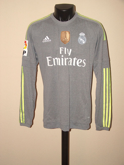 the latest 10633 9f2da Real Madrid Memorabilia